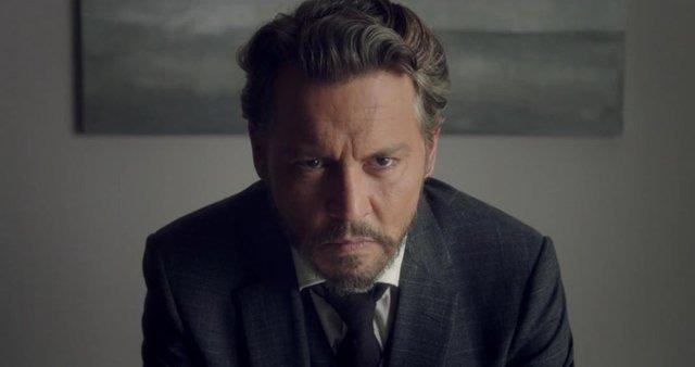 Jhonny Depp insegnante nel film  'Arrivederci professore'