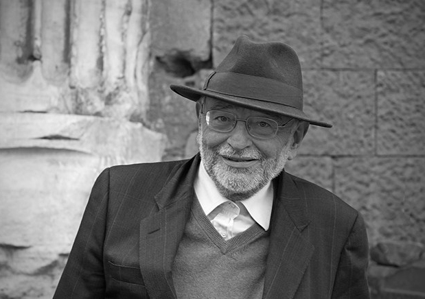 Umberto Piersanti, La poesia 'corpo acorpo'