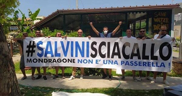 Mondragone ostacola MatteoSalvini
